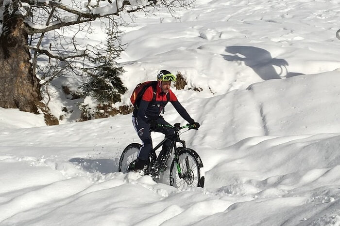 Bringázás télen, hogyan öltözködj fel téli bringázáshoz