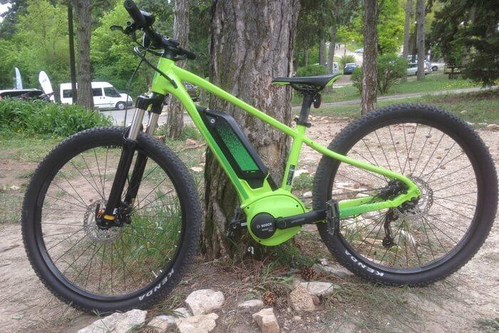 Scott e-bike teszt zöld bringa